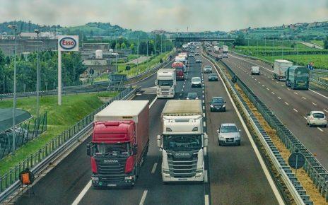 Naczepa do ciężarówki - gdzie kupić?
